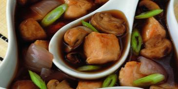 Chicken with Mushrooms and Oyster Sauce Stir-Fry