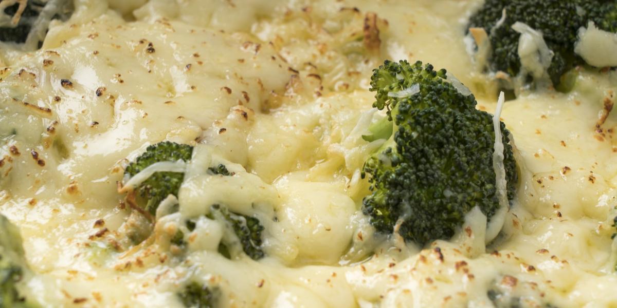 Brócoli a la crema de pollo