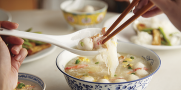Tantalizing Tang Hoon Soup with Soft Crab Meat, Eggs and Fish Balls