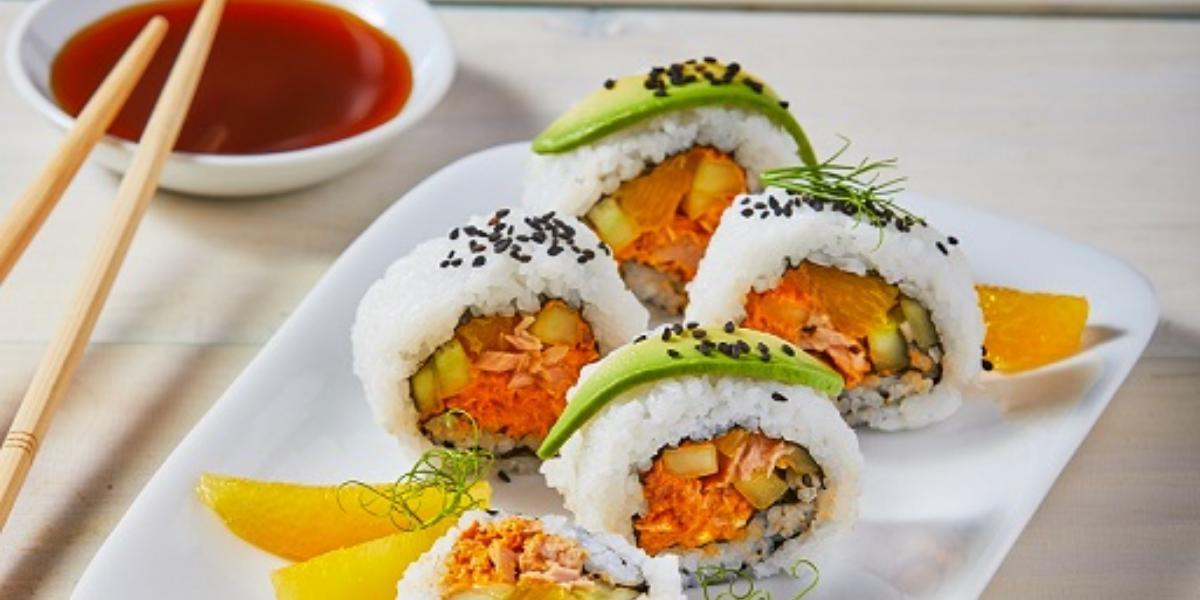 Sushi de atún con chipotle