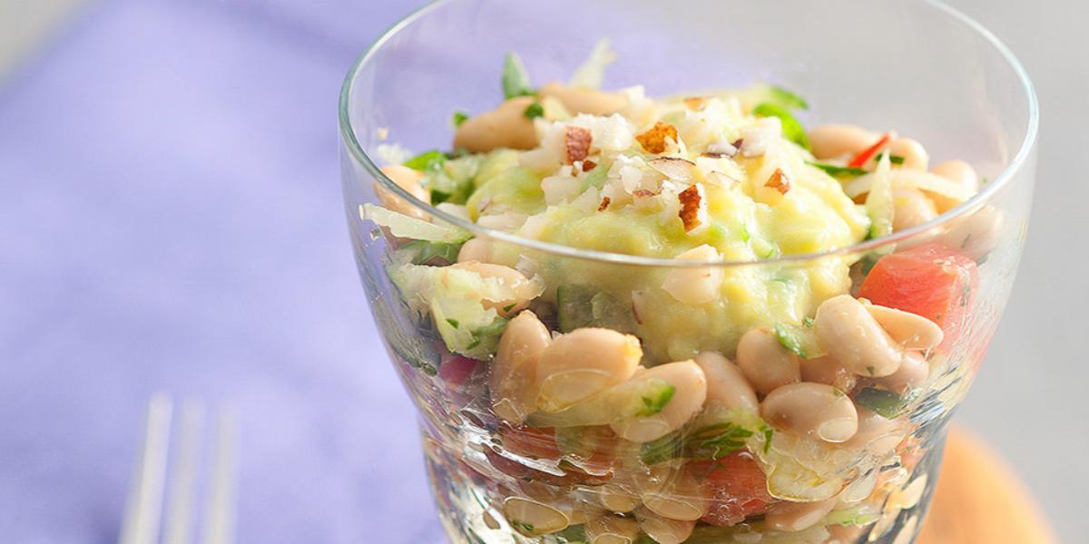 salada-soja-molho-abacate-castanha-para-receitas-nestle