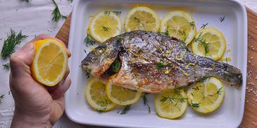 Ψάρι ψητό στην λαδόκολλα #pestomenafai