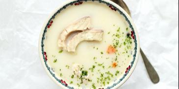 Zupa z karpia ze śmietaną