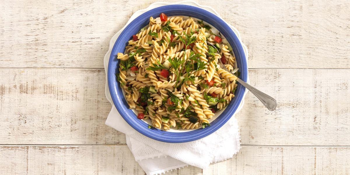 salada-macarrao-integral-receitas-nestle