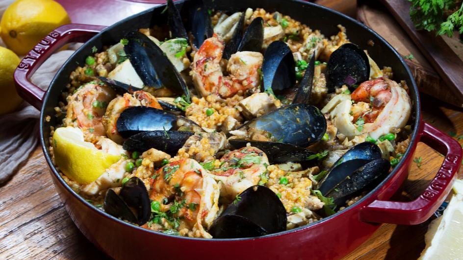 Seafood Majboos-Paella style