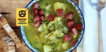 Zupa z młodej kapusty z cukinią i kindziukiem