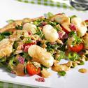 Gnocchi-Salat mit Joghurt-Pesto-Dressing