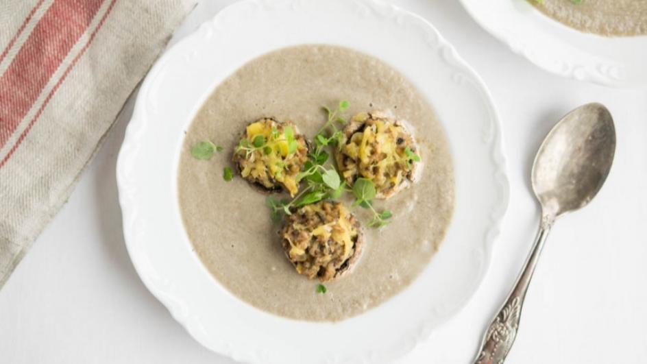 Zupa krem z pieczarek z mięsem mielonym