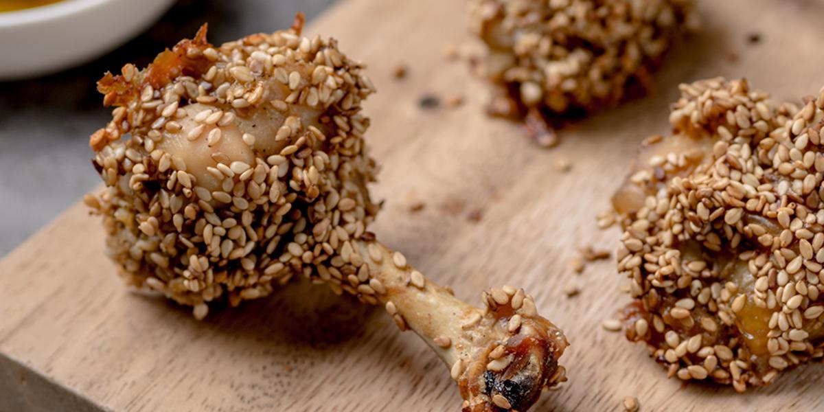Bastoncitos de Pollo Rebozada con Ajonjolí