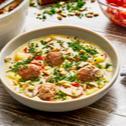 Bratwurstbällchen-Suppe