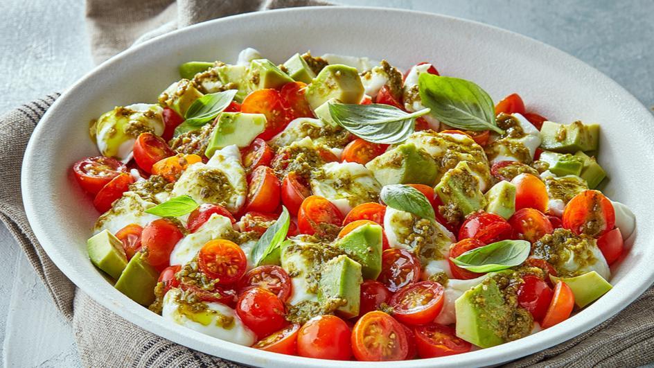 Avocado and pesto caprese salad