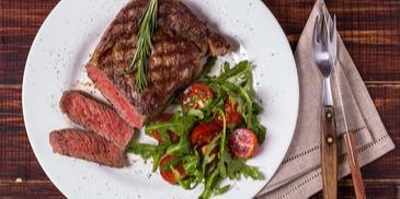 Steak s omáčkou zo zeleného korenia