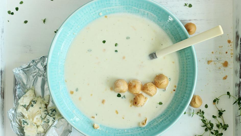 Zupa serowa z czterech serów