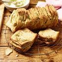 Pull-Apart-Bread mit Kräuterbutter