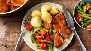 Varkenslapjesstoof met gekookte aardappels