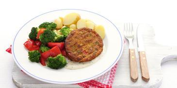 Groenteburger met groenten en krieltjes