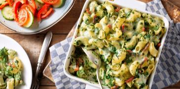 Ovenschotel pasta spinazie spekjes