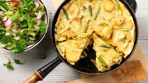 Ham-kaas aardappel frittata met groene asperges
