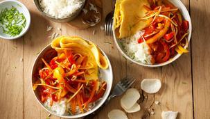 Vegetarische dagschotel zoetzuur met paprika en wortelen