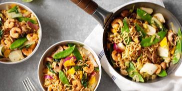 Thaise groene curry met garnalen en Japanse groente