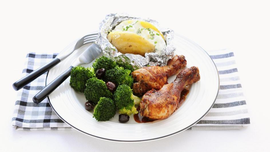 Pulpe de pui cu broccoli