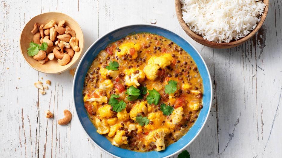 Milde curry met bloemkool en linzen