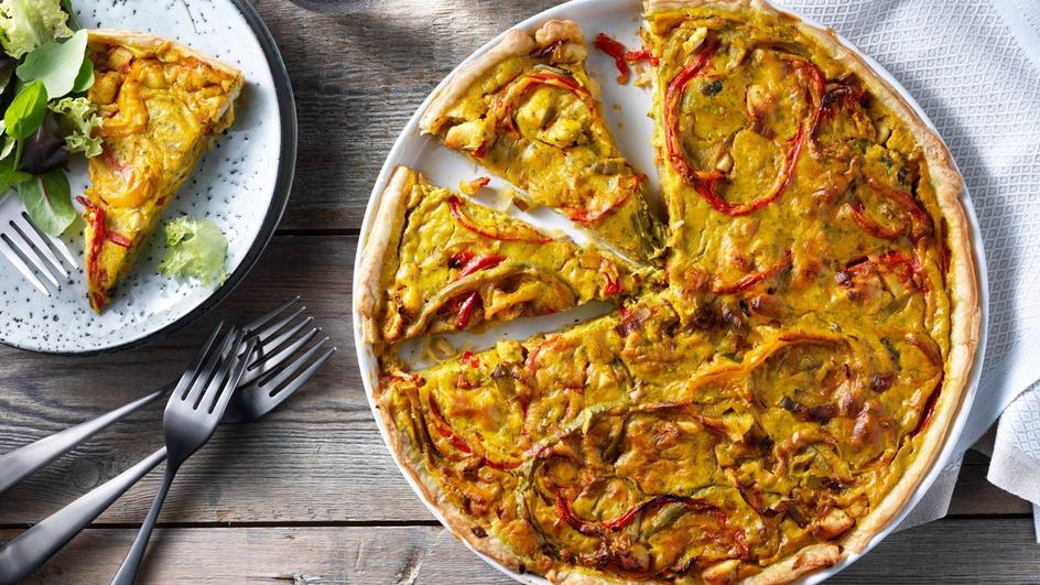 Quiche met kip, prei, paprika en ui