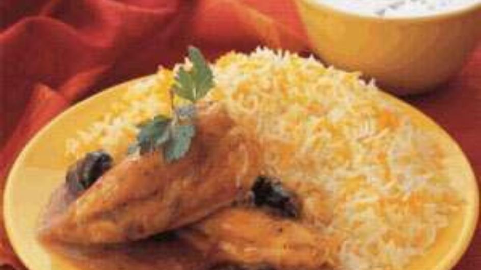 الدجاج بالخوخ المجفّف