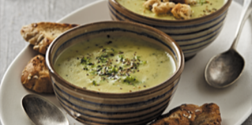 Roasted Garlic and Broccoli Soup