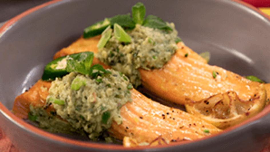 Baked Trout Fillet with Asian Guacamole