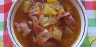 Zupa chłopska z boczkiem