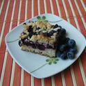 Drożdżowe ciasto z borówkami i kruszonką