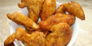 Kawałki kurczaka w paprykowej panierce