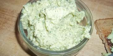 Hummus z pietruszką