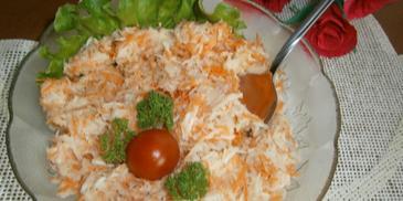 Surówka z selera i marchwi