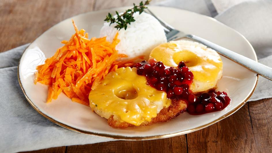 Pierś z kurczaka z ananasem i serem żółtym
