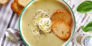 Zupa krem z pora i serka topionego