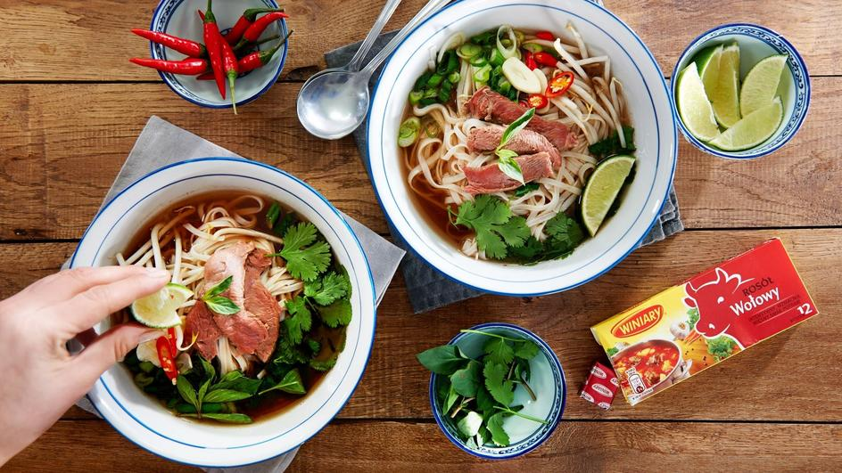 Zupa pho - pyszny i prosty azjatycki rosół wołowy