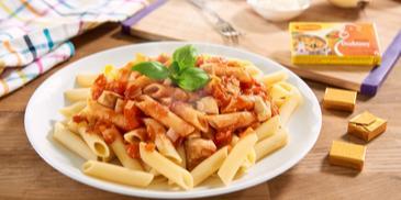 Makaron z kurczakiem i pomidorami