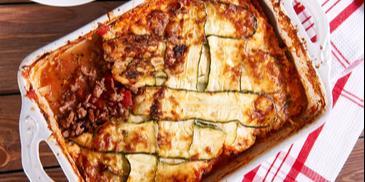Lasagne po bolońsku z cukinią i parmezanem