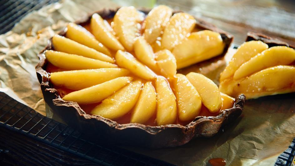 Tarta z karmelizowanymi gruszkami