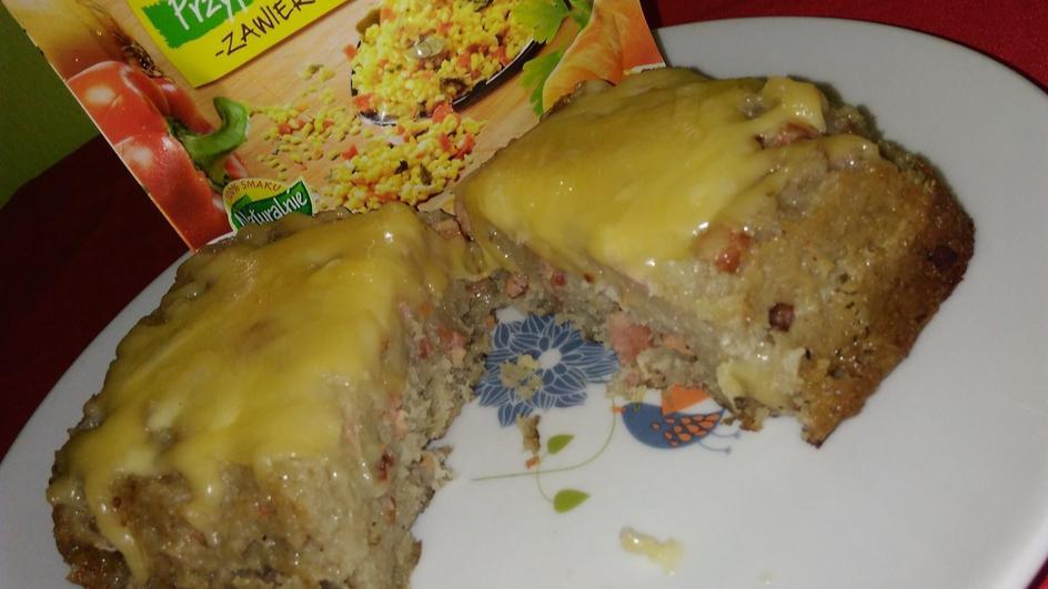 Babka ziemniaczana pod serową pierzynką