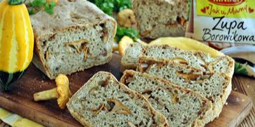 Chleb na zupie z kurkami