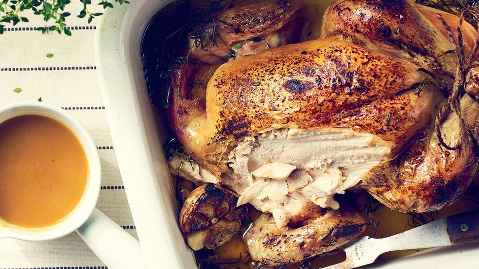 Kurczak faszerowany kaszą i pieczoną cebulą