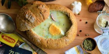 Żurek razowy w chlebie