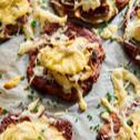 Placki ziemniaczane z żółtym serem i pieczarkami