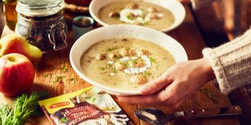 Zupa pieczarkowa z pulpecikami drobiowymi i koperkiem