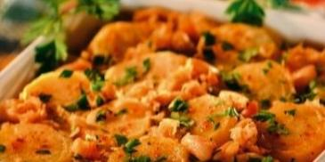 Zapiekanka z kapusty i ziemniaków