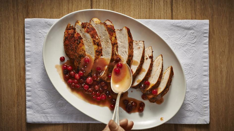 Filet z indyka w sosie żurawinowym