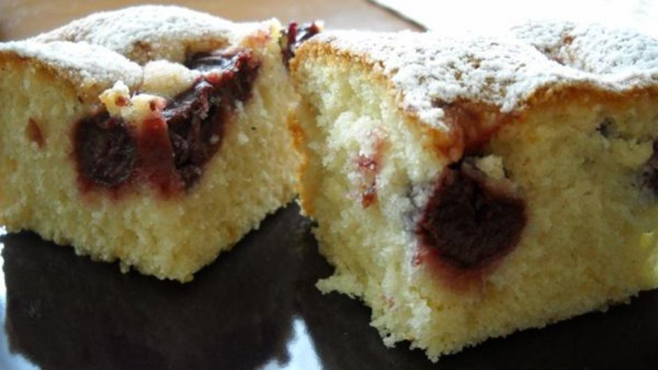Ciasto olejowe z owocami
